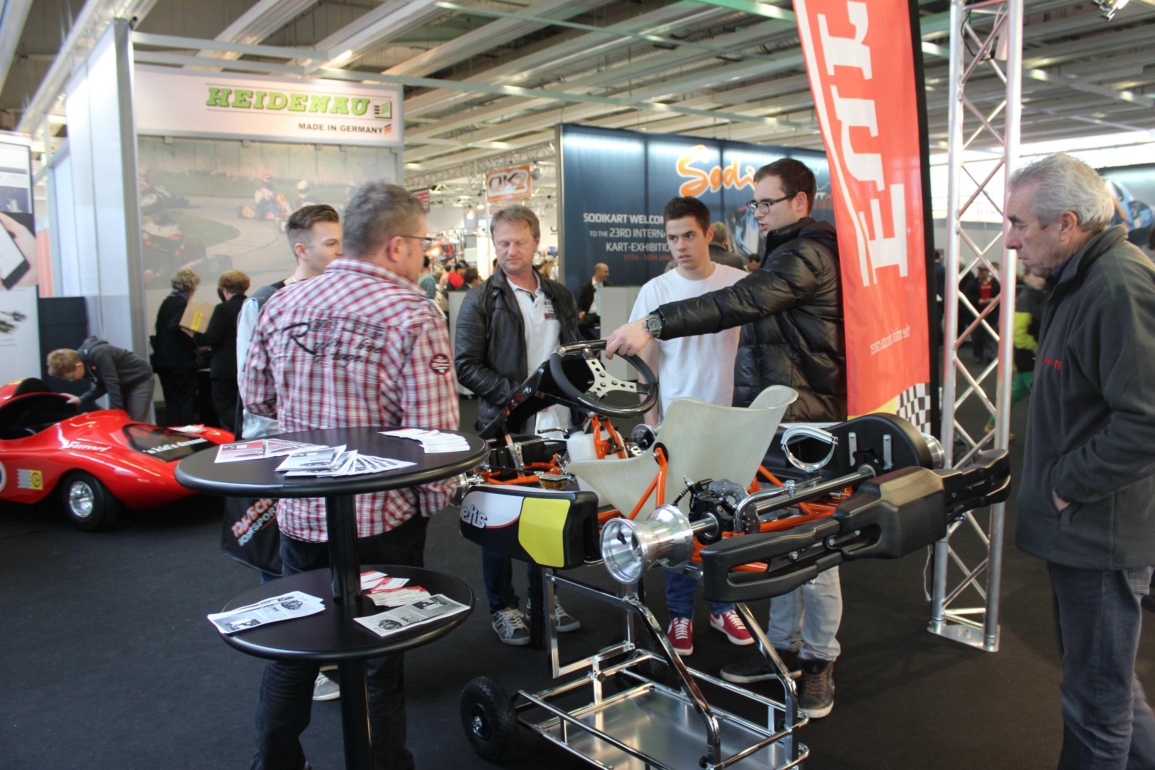 IZZI-FLEX Apresentação na Feira Internacional do Karting Alemanha9
