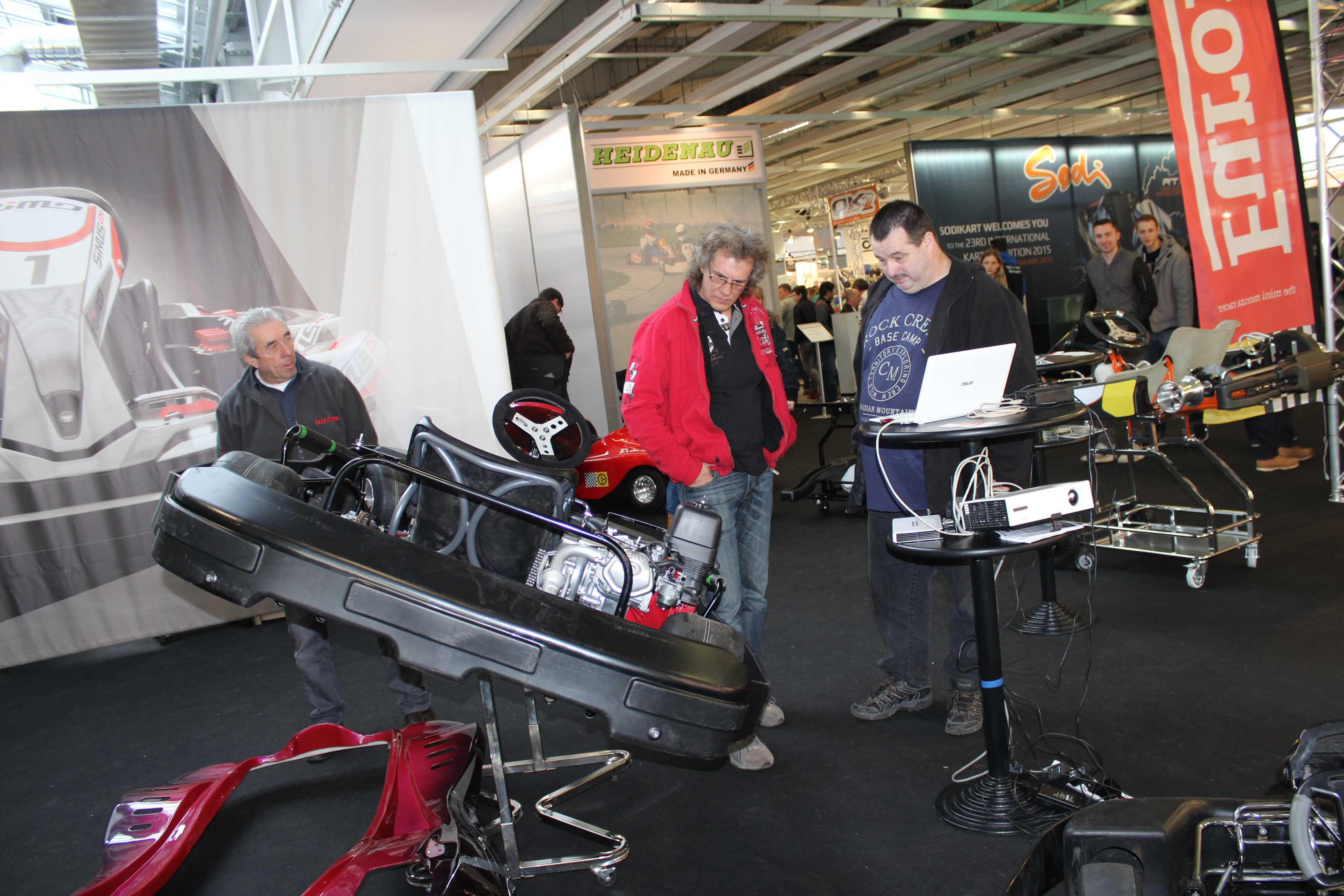 IZZI-FLEX Apresentação na Feira Internacional do Karting Alemanha15
