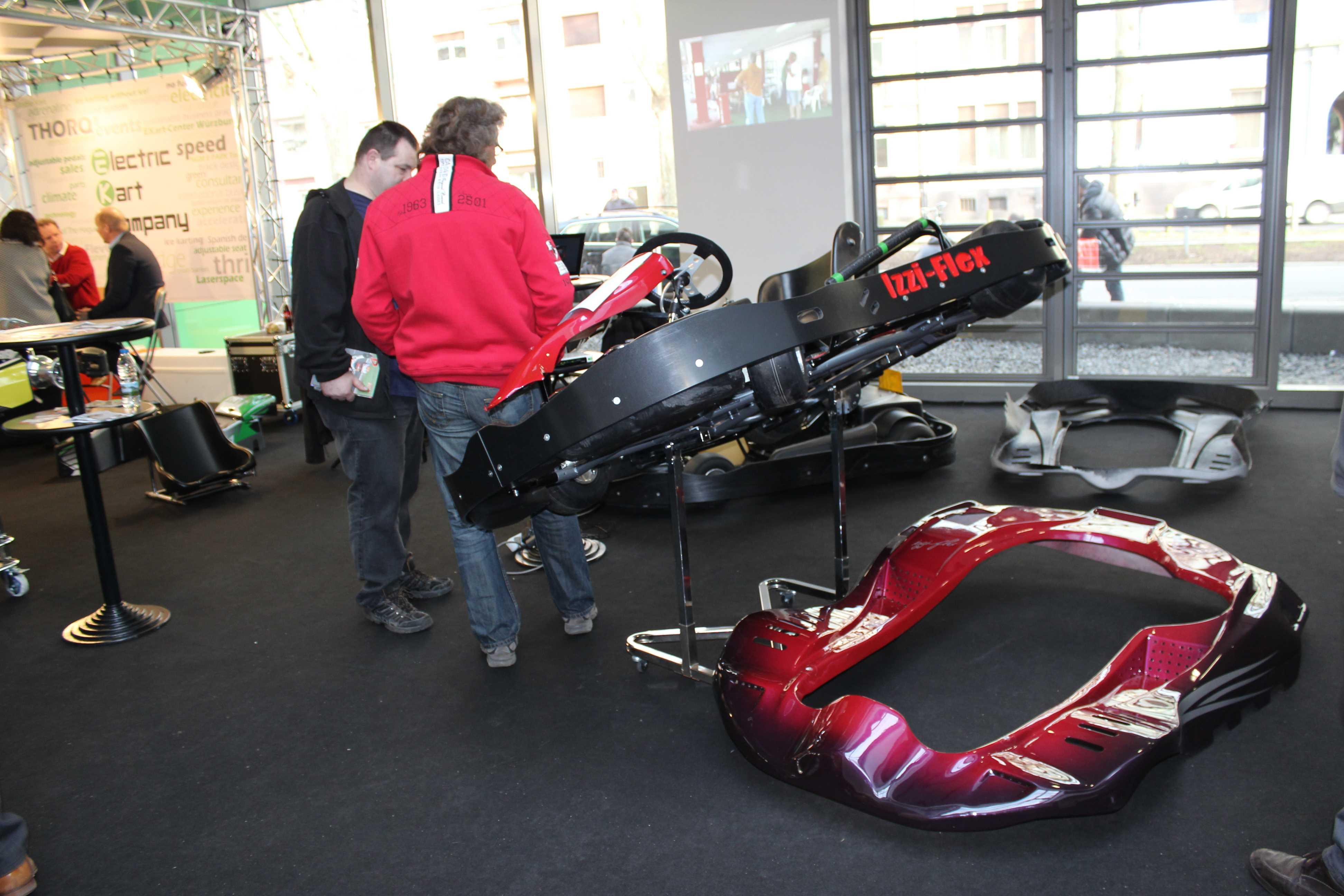 IZZI-FLEX Apresentação na Feira Internacional do Karting Alemanha16