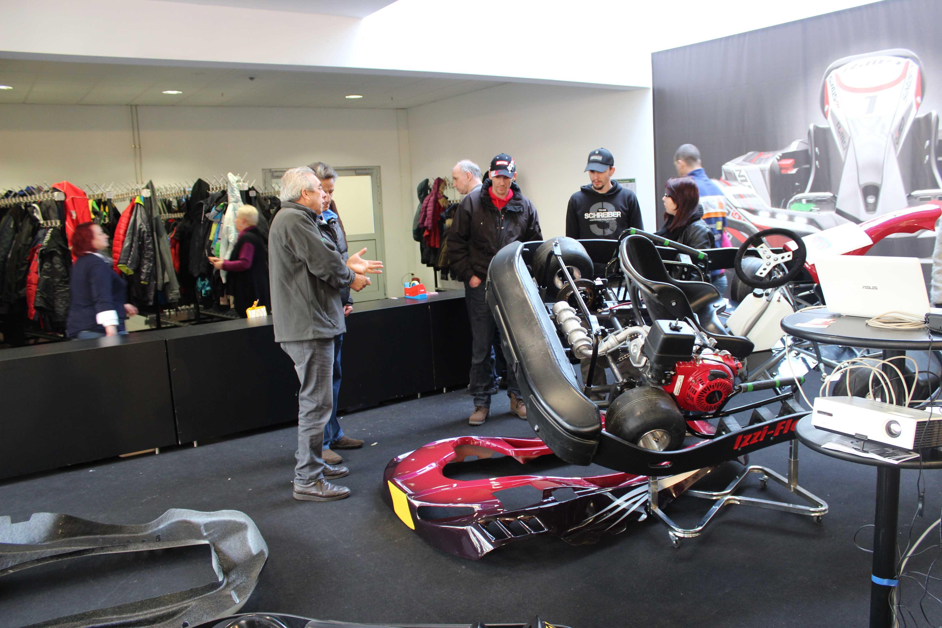 IZZI-FLEX Apresentação na Feira Internacional do Karting Alemanha17