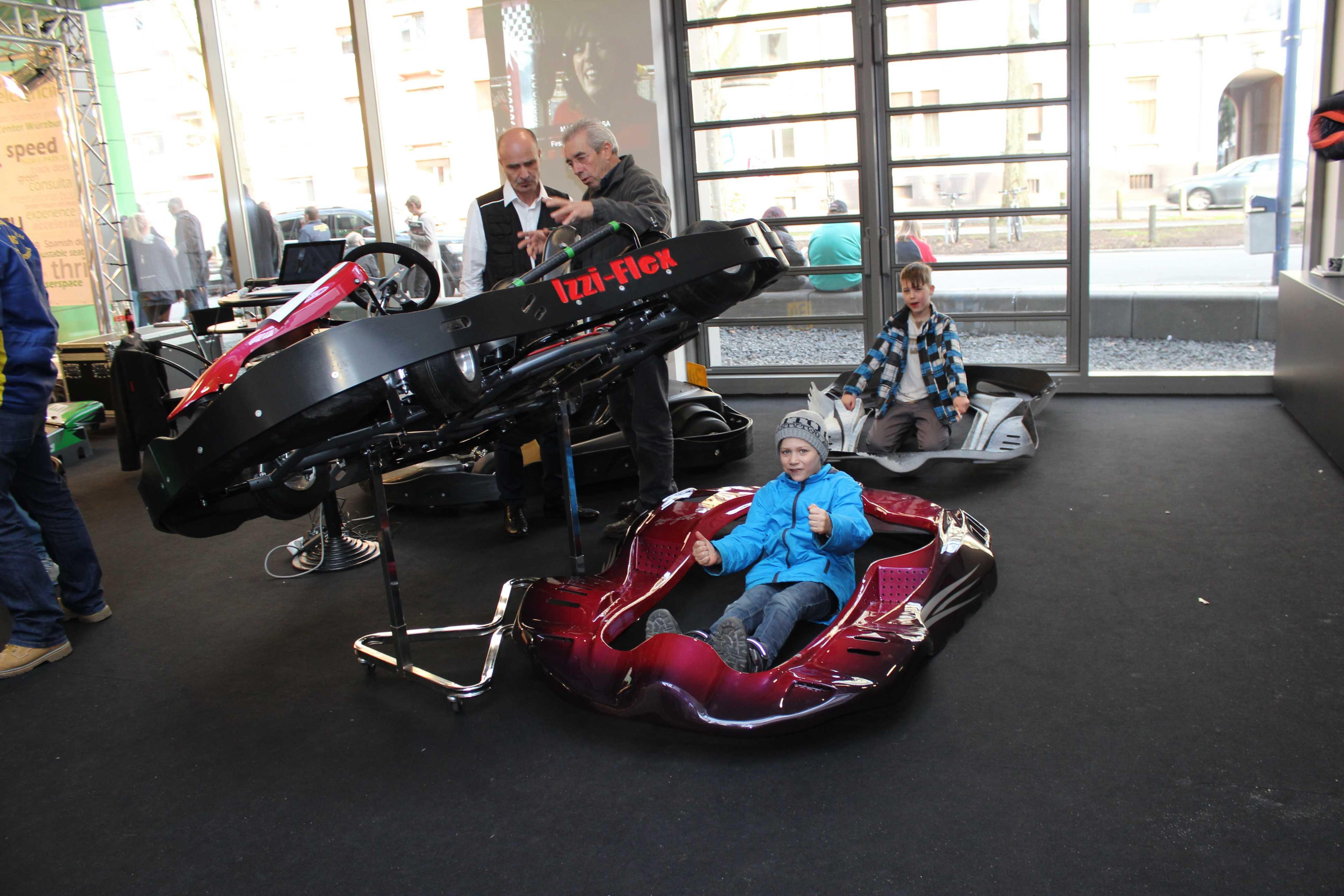 IZZI-FLEX Apresentação na Feira Internacional do Karting Alemanha23