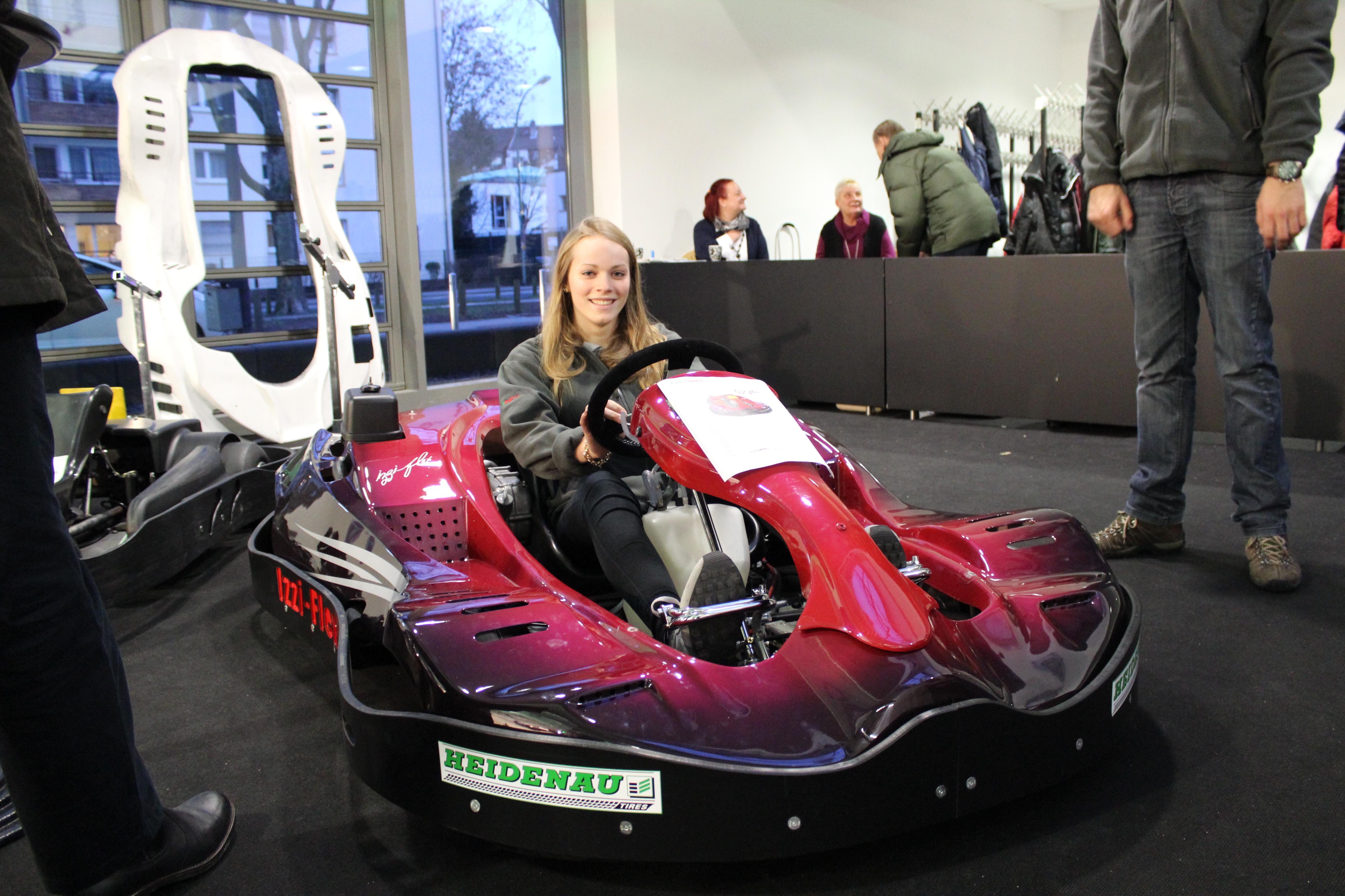 IZZI-FLEX Apresentação na Feira Internacional do Karting Alemanha28