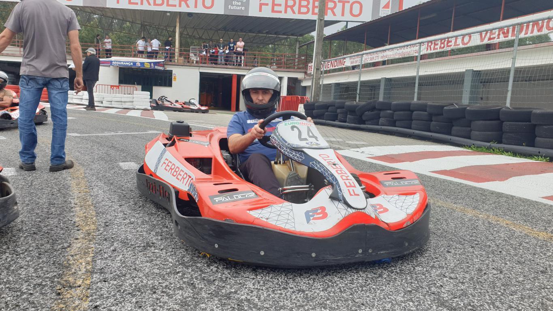 Super Unidos Kart20