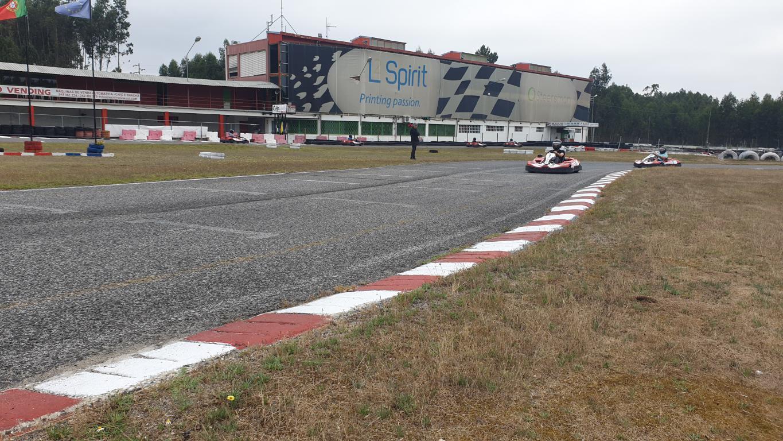 Super Unidos Kart44
